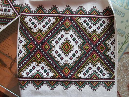 Embroidery_Berejany.jpg