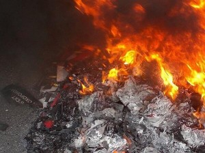 Crimea-Book-Burn