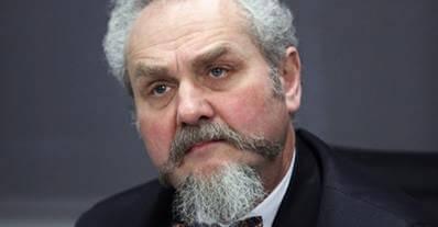 Russain-Professor